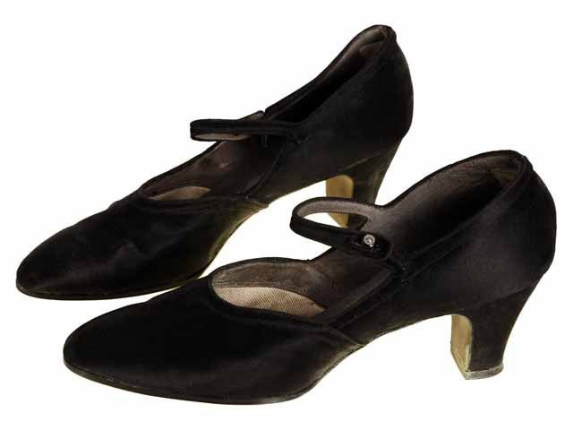 Amazing 1920s Style Shoes- Flapper Gatsby Downton Abbey