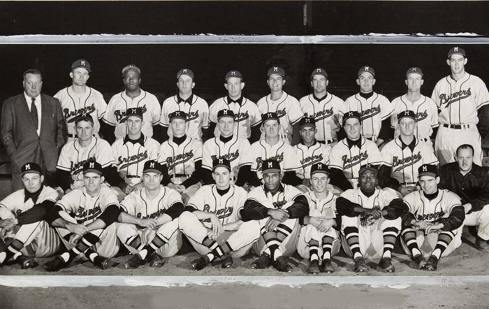 The 1952 Boston Braves Season Involved 64 89 Team Finishing Seventh In National League 32 Games Behind Pennant Winning Brooklyn Dodgers